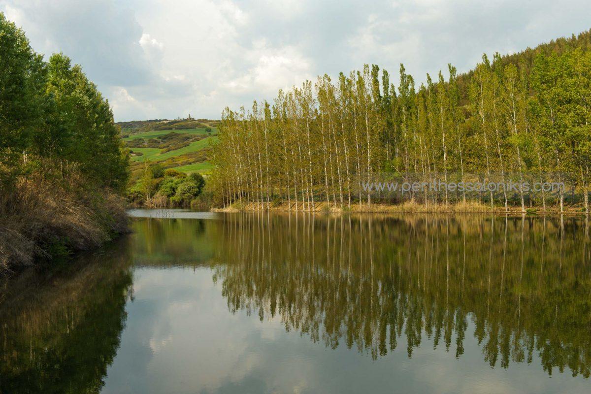 Η τεχνητή λίμνη του Ωραιοκάστρου